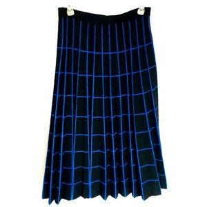 Midi length pleated sweater skirt black blue plaid